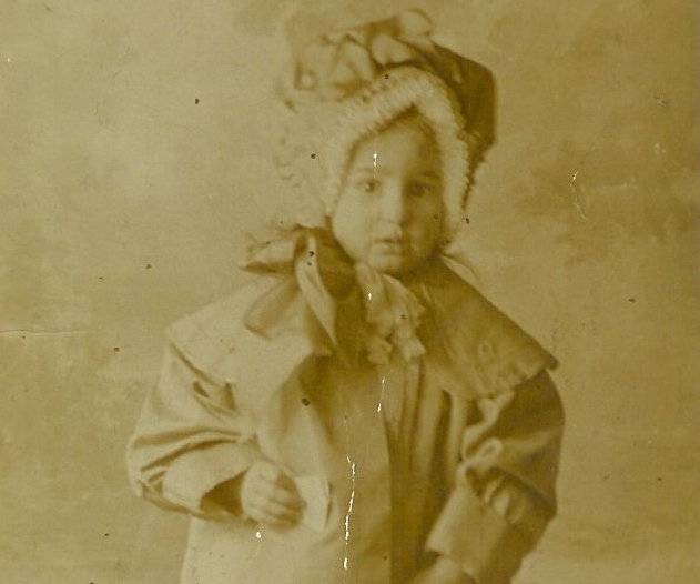 1914-Mary-BRINE-nee-MAPLESDEN-Aged-3