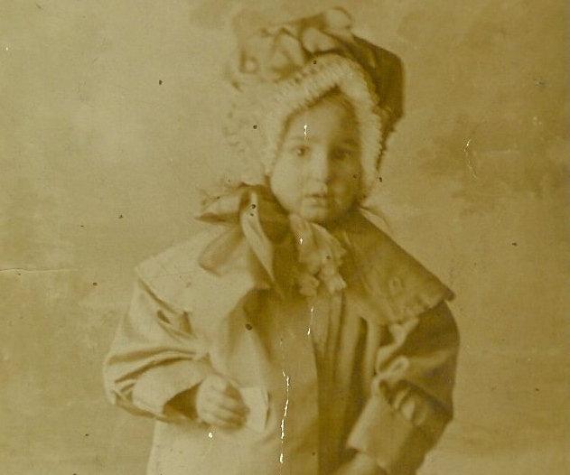 1914-Mary-BRINE-nee-MAPLESDEN-Aged-3